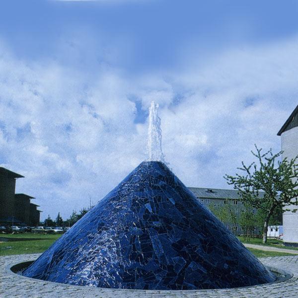 Springvand i Slagelse, h. 3 m d. 6 m, 1998