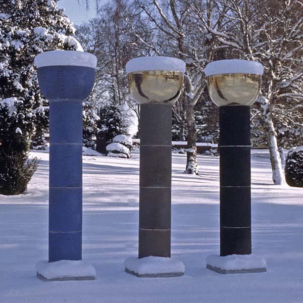 3 søjler i Dianalund, h. 2,25 m, 2001