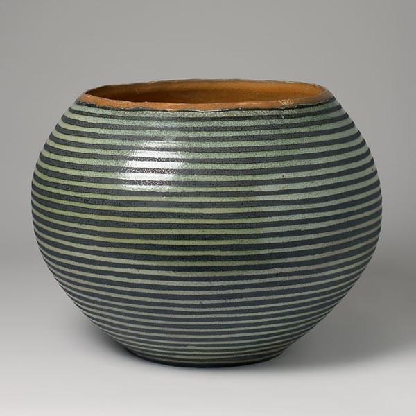 Stribet kar, h. 40 cm, d. 58 cm, 2005